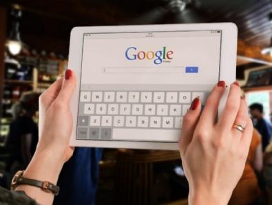 Google: mehr Mobil-Suchen als über Desktop-PCs